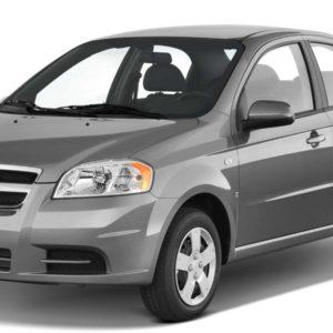 Chevrolet Aveo серый на белом фоне